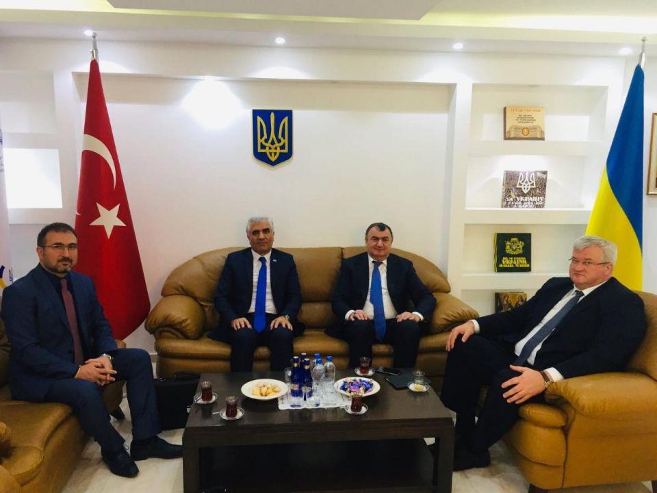 Datüb Başkanı Ukrayna'nın Ankara Büyükelçisi Andrii Sybıha ile Görüştü.